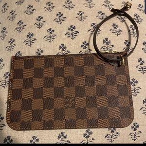 Louis Vuitton Damier Pouchette